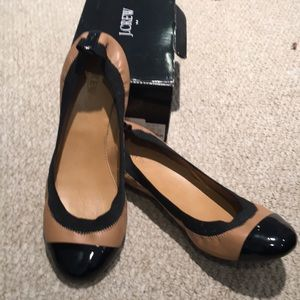 Jcrew Black and Tan ballet flats